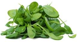 Un tas de feuilles d'épinards