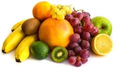 Raisins, bananes, kiwis et autres fruits